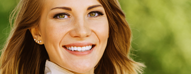 Lady smiling, whiten your teeth with Zoom at justSMILE Ramsgate Sydney NSW